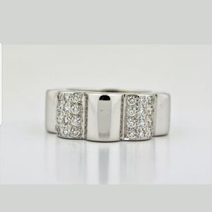 CHANEL 18K WHITE GOLD PROFIL DE CAMELLIA DIAMOND
